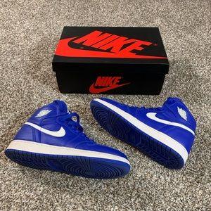 Jordan's Retro 1 OG Hyper Blue